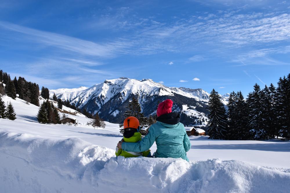 Schlittelweg Pany Prättigau Schweiz Aussicht geniessen