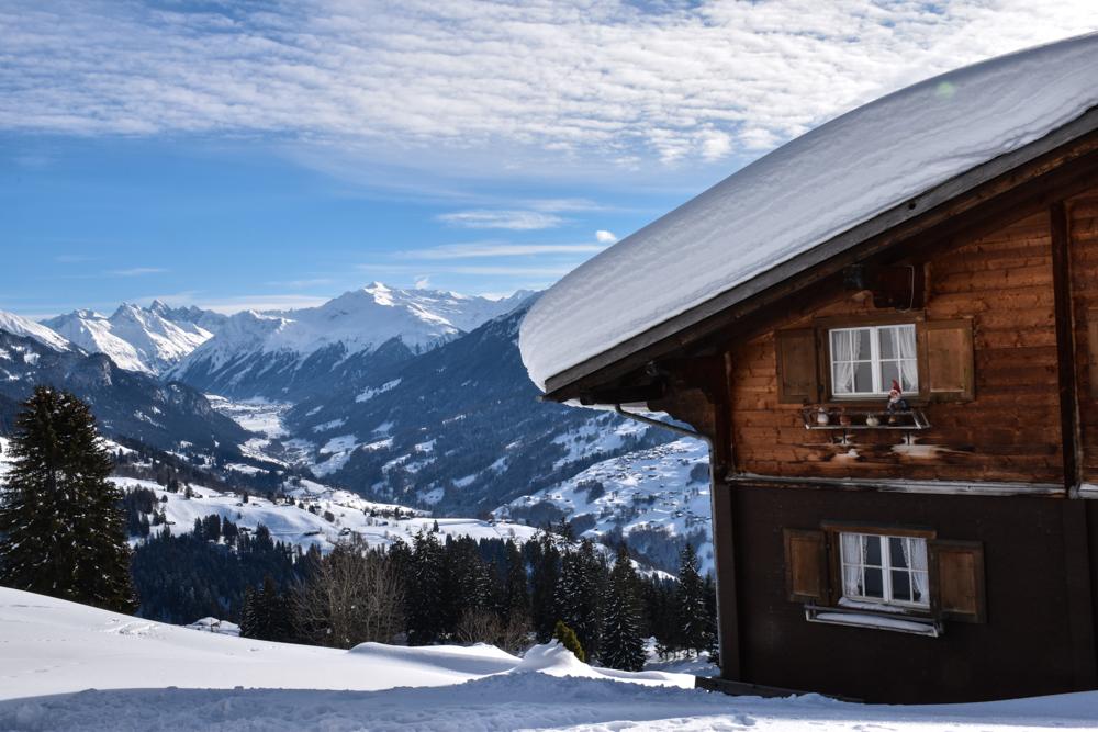 Schlittelweg Pany Prättigau Schweiz Chalet