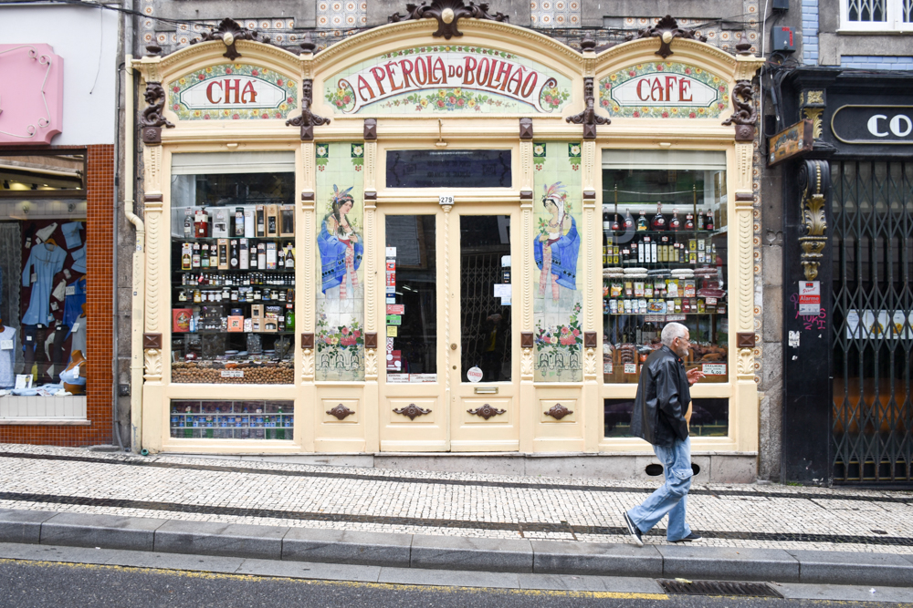 Porto Fahrradtour ans Meer tolle Shops in Portos Baixa