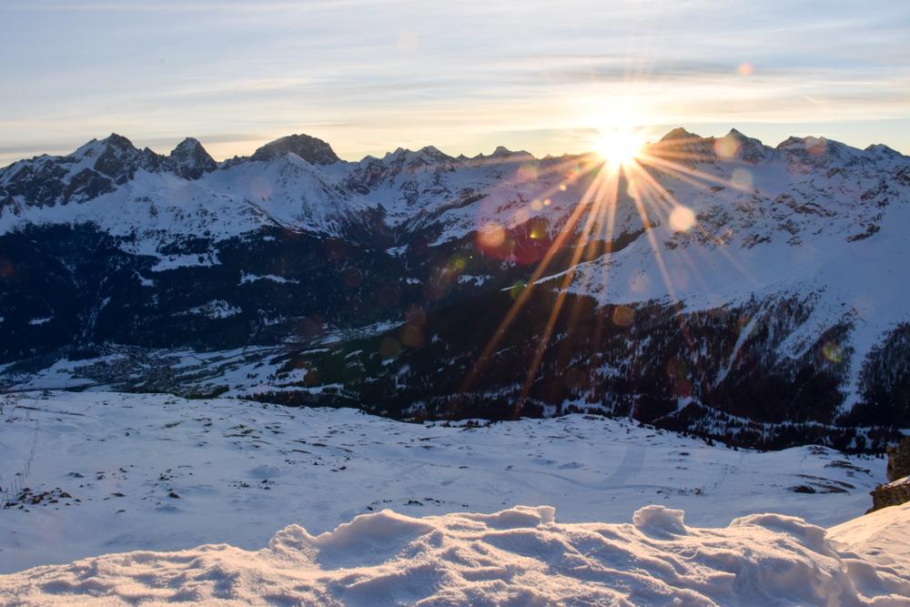 Winterferien Savognin Bivio Albula mit der Familie Sonnenaufgang Early-Bird Skifahren