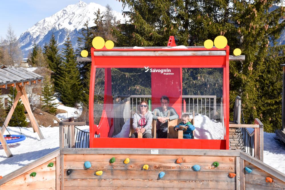 Winterferien Savognin Bivio Albula mit der Familie Travel Sisi und Familie in Savognin