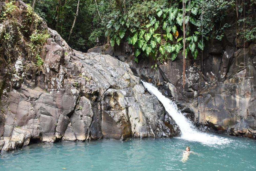 Guadeloupe Sehenswürdigkeiten Highlights Reisetipps Wasserfall Saut d'Acomat