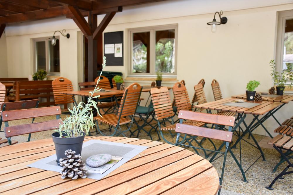 Hoteltipp Korsika Feriendorf zum störrischen Esel Calvi Spelunca