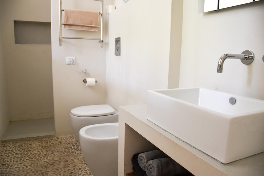 Unterkunft Cagliari Sardinien Fra Cielo e Mare Badezimmer Zimmer Maestrale