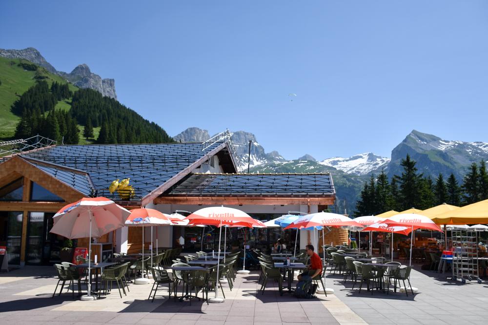 Familienausflug Engelberg Brunni Schweiz Berglodge Restaurant Ristis