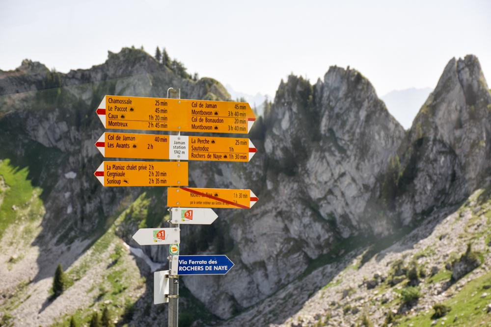 Familienausflug Rochers-de-Naye Montreux Schweiz Wanderwege
