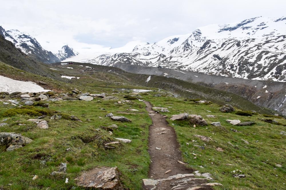 Familienweekend Zermatt Wallis Schweiz Wanderweg zum Stellisee