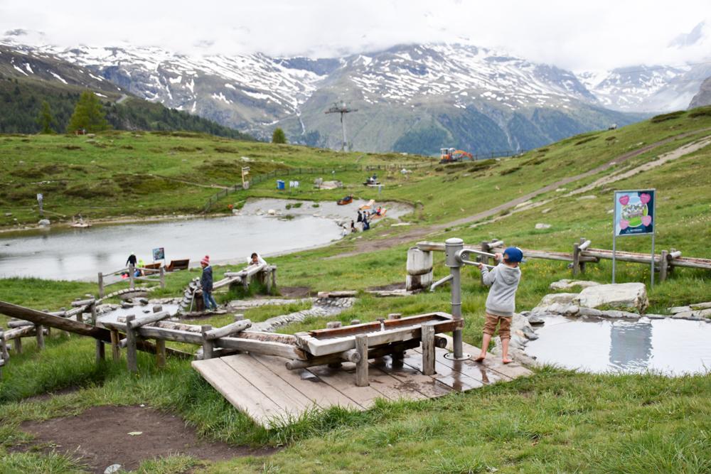 Familienweekend Zermatt Wallis Schweiz Wolli Spielpark Sunnegga Wasserpark