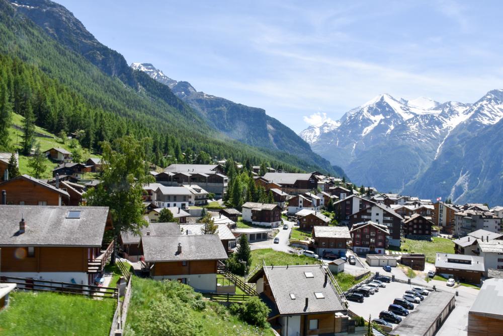 Glamping Sion Wallis Schweiz TCS Campingplatz Anreise über Grächen