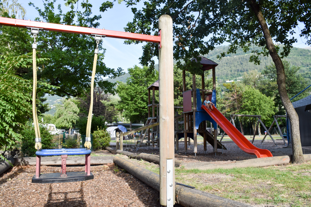 Glamping Sion Wallis Schweiz TCS Campingplatz Spielplatz