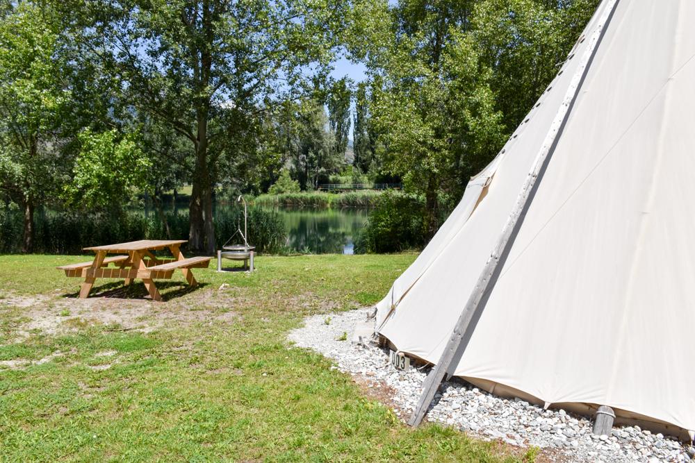 Glamping Sion Wallis Schweiz TCS Campingplatz Tipi