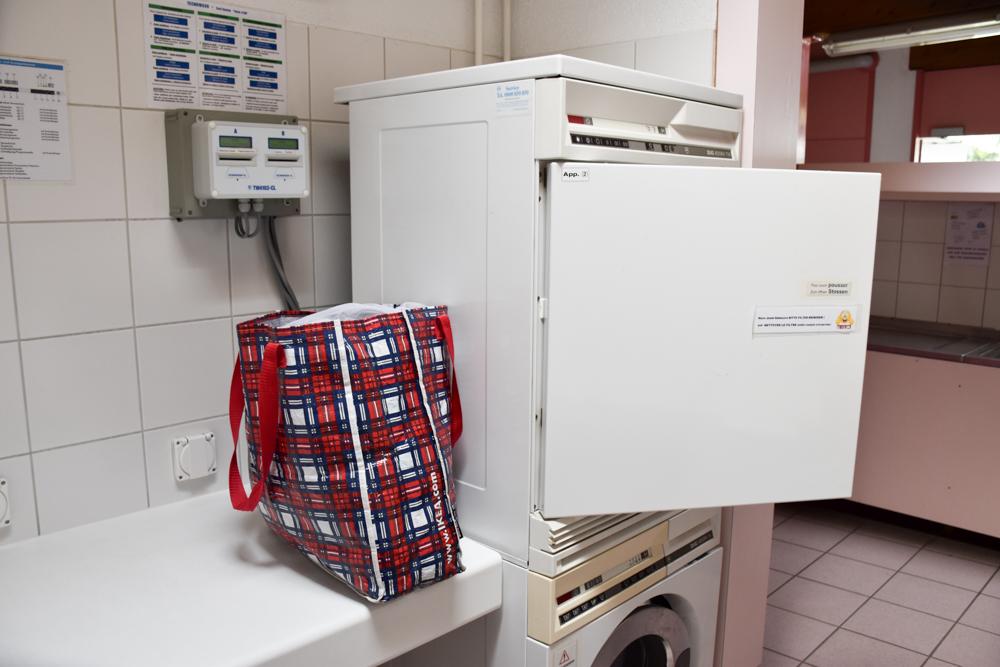 Glamping Sion Wallis Schweiz TCS Campingplatz Wäsche waschen