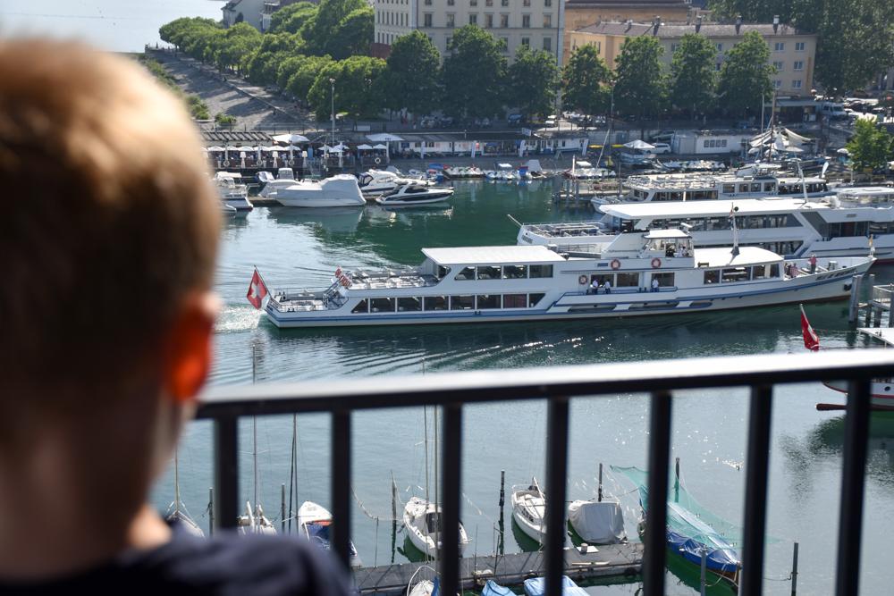 Hoteltipp Neuchatel Schweiz Best Western Premier Hotel Beaulac Schiffe beobachten direkt vom Zimmer