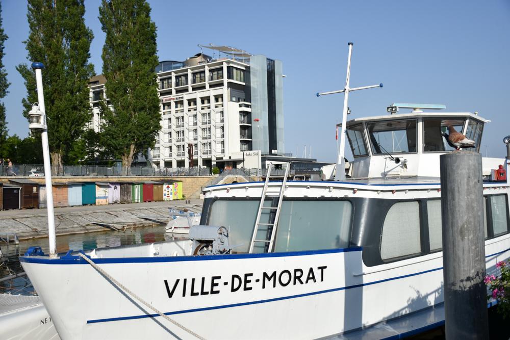 Hoteltipp Neuchatel Schweiz Best Western Premier Hotel Beaulac Schiffe legen direkt vor dem Hotel ab