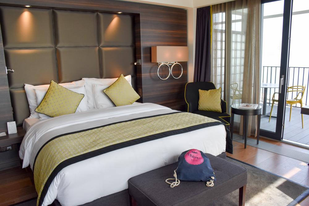 Hoteltipp Neuchatel Schweiz Best Western Premier Hotel Beaulac Superior Zimmer mit Seeblick