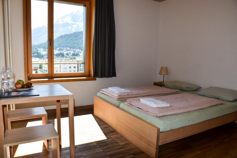 Unterkunft St. Moritz Engadin Schweizer Jugendherberge Doppelzimmer mit Bad