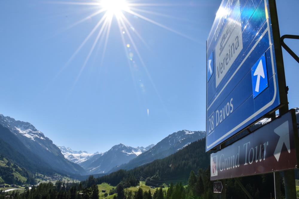 Unterkunft St. Moritz Engadin Schweizer Jugendherberge Grand Tour of Switzerland Klosters