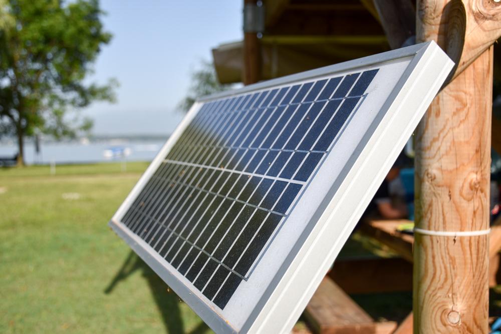Biwak Glamping TCS Campingplatz Genf Solarpanele