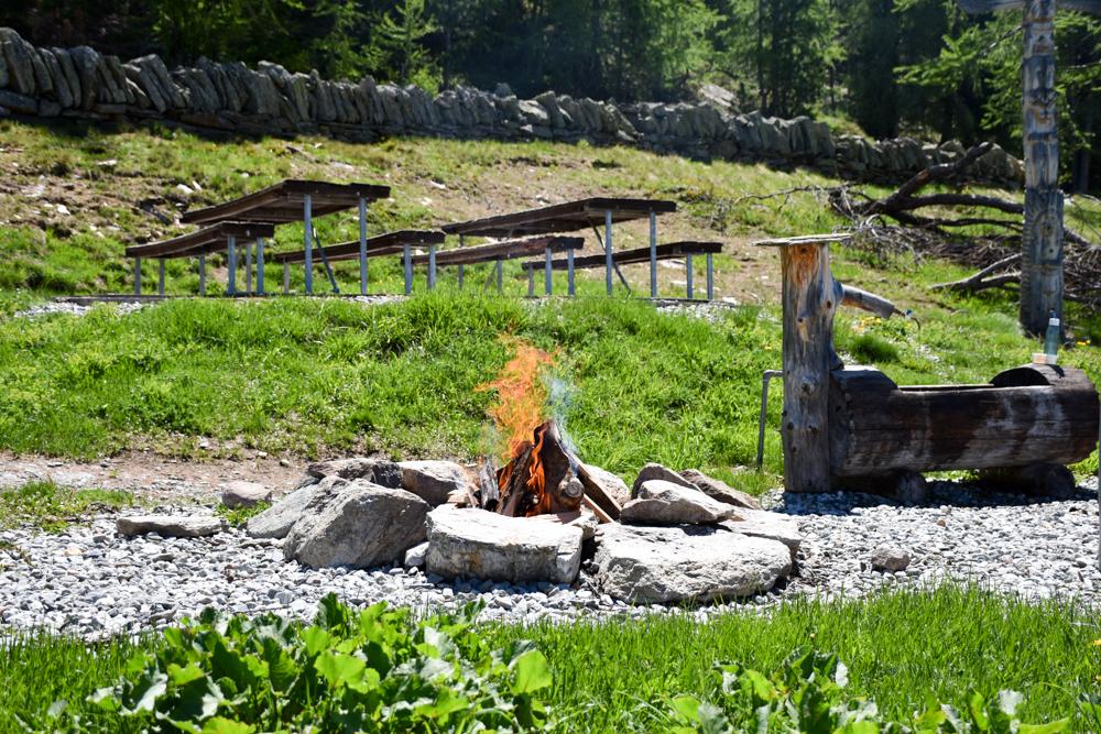 Familienausflug Grächen Wallis Grillstelle SiSu Familienpark Hannigalp