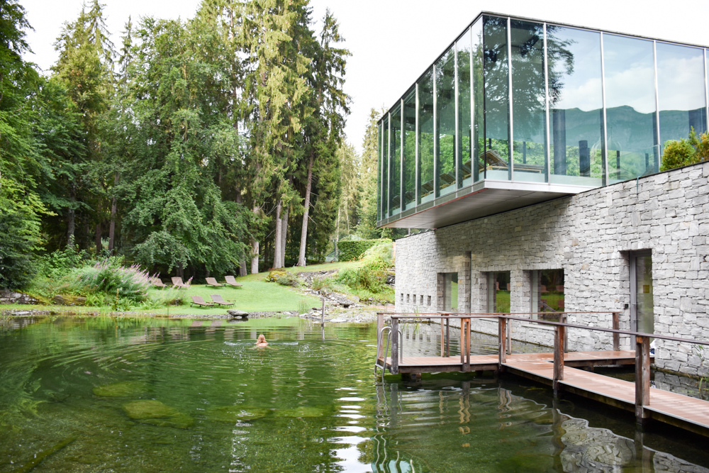 Kitchen Party im Waldhaus Flims Graubünden Schweiz Schwimmteich im Waldhaus Spa