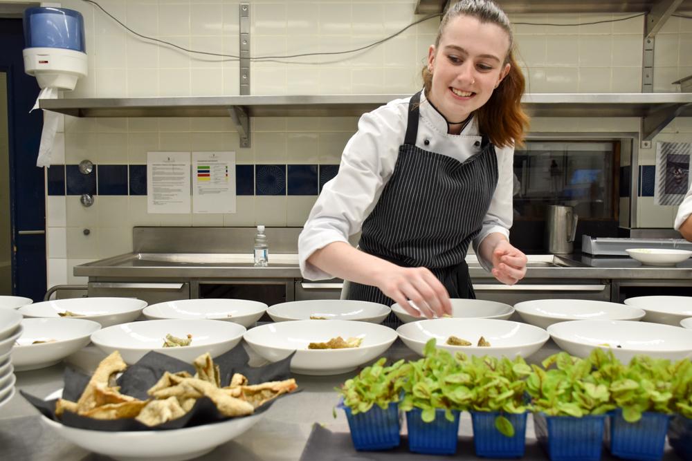 Kitchen Party im Waldhaus Flims Graubünden Schweiz Zubereitung