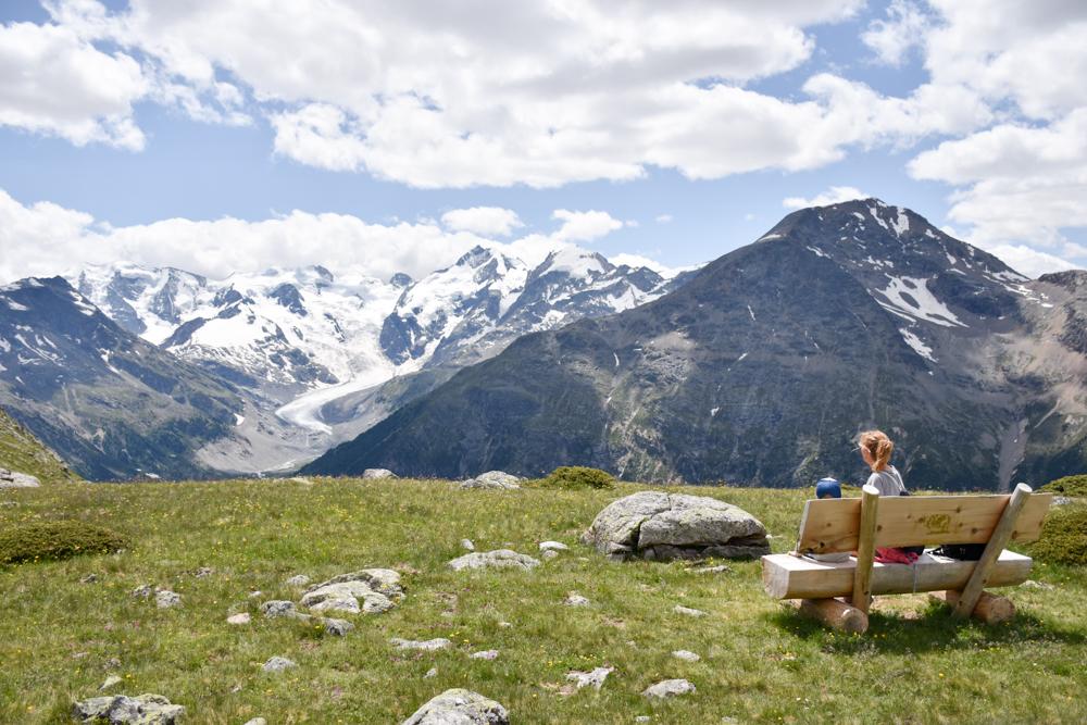 Engadin Graubünden Schweiz mit Kind Alp Languard