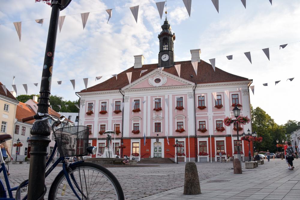 Estland Road Trip Reisetipps Route Highlights bester Burger Tuul Resto auf Muhu
