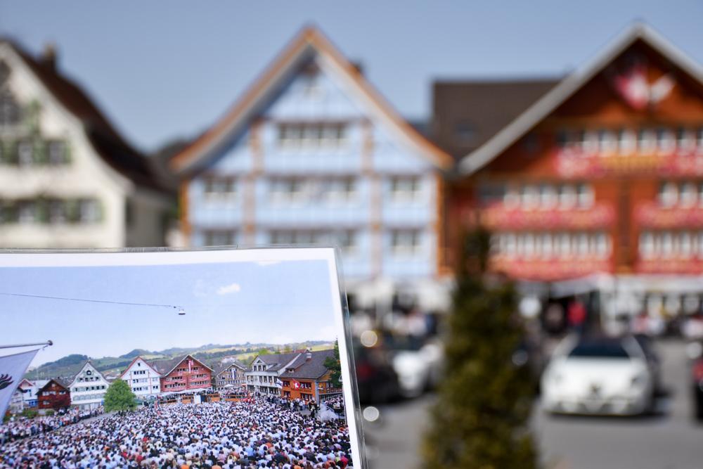 Familienausflug Hoher Kasten Appenzell Schweiz Landgemeindeplatz Appenzell