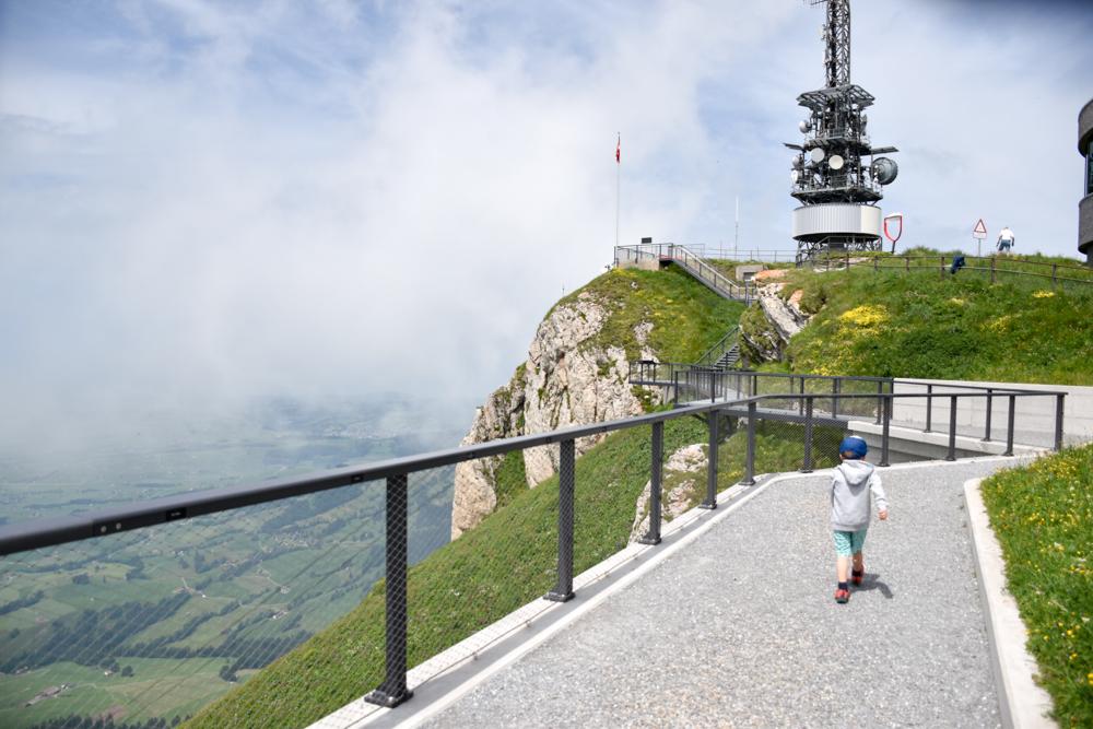 Familienausflug Hoher Kasten Appenzell Schweiz kinderfreundlicher Europa-Rundweg