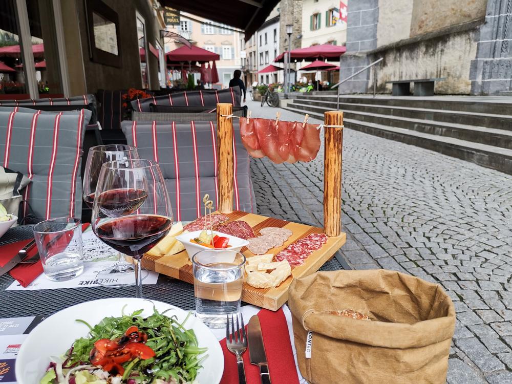 Weekend in der Valposchiavo Graubünden Schweiz- feines Essen in der Hostaria del Borgo
