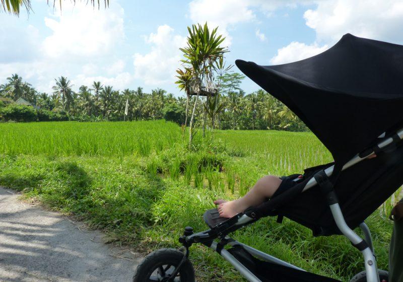 Bali Indonesien mit Kleinkind