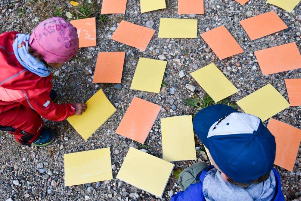 Herbstferien Achensee Tirol Österreich mit Kindern Memory beim Kinderprogramm