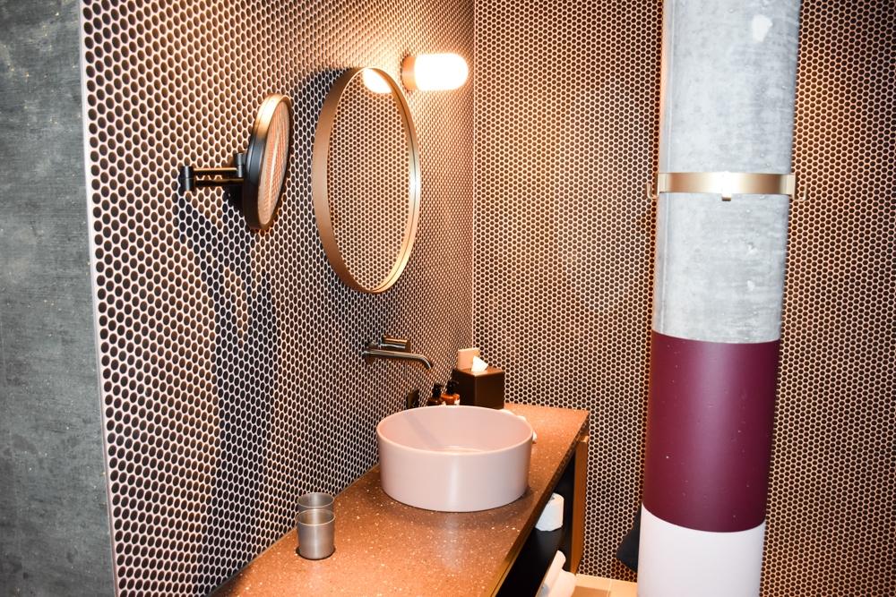Hoteltipp Flims Schweiz The Hide Hotel Badezimmer