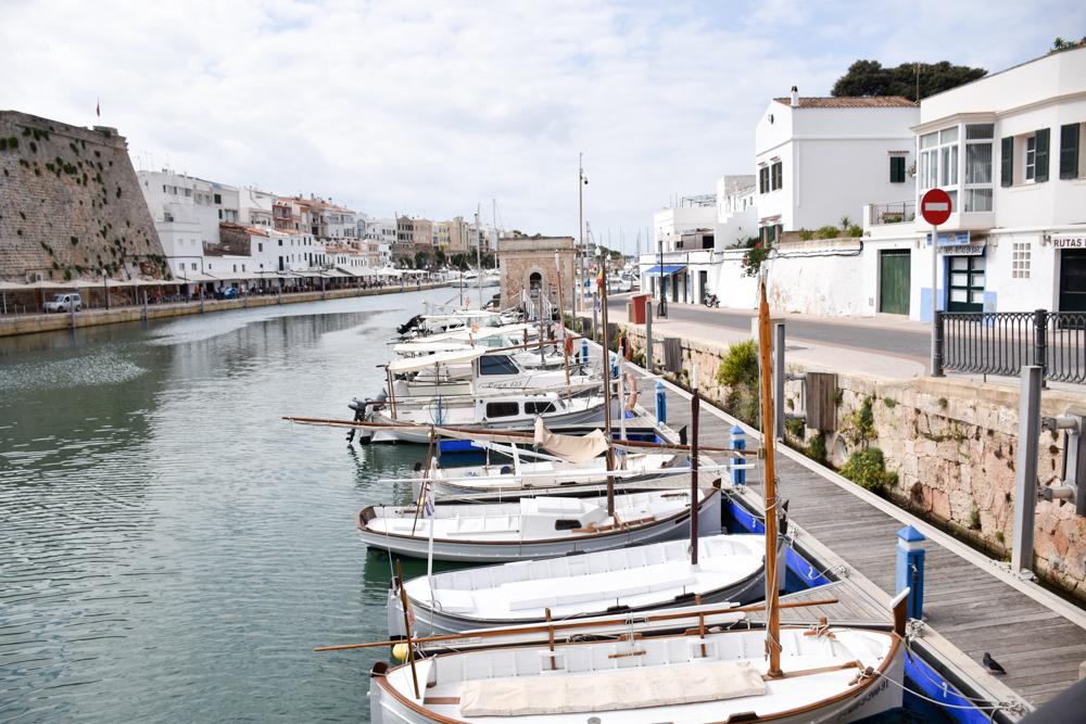 Menorca Reisetipps Highlights Unterkünfte Restaurants Ciutadella Hafen