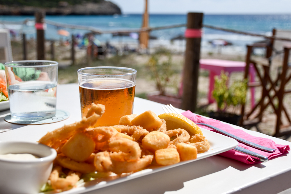 Menorca Reisetipps Highlights Unterkünfte Restaurants Restaurant Strand Son Bou