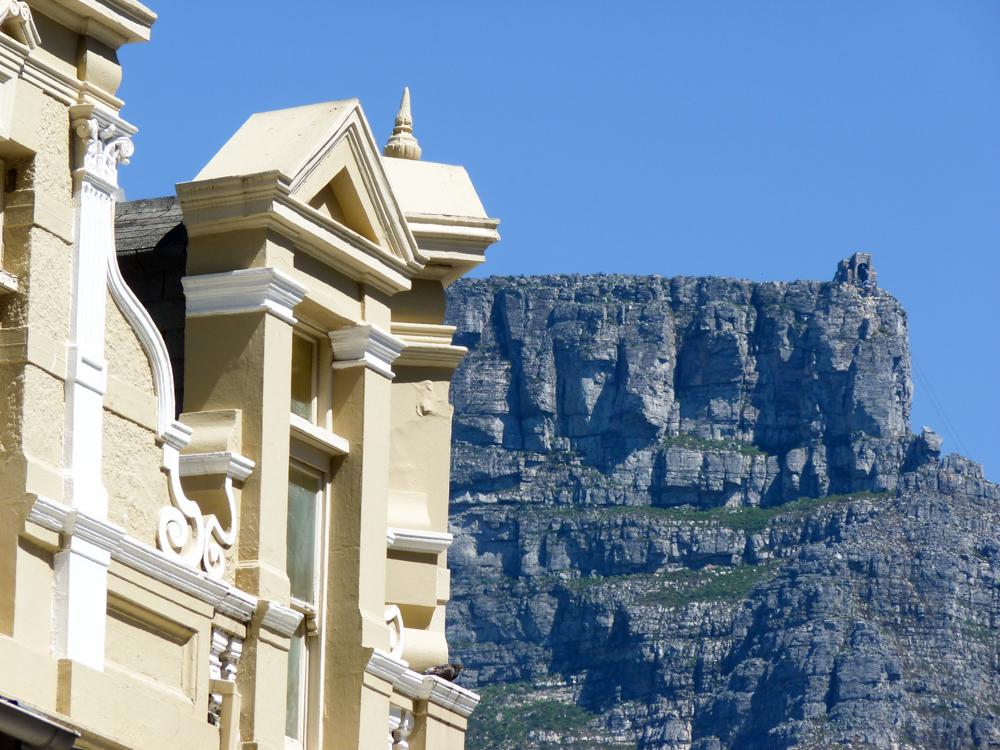 Auswanderung nach Südafrika Kapstadt mit Tafelberg