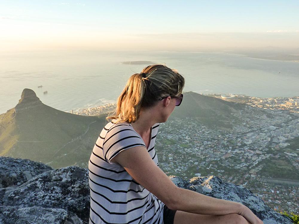 Auswanderung nach Südafrika Travel Sisi Esther Mattle auf dem Tafelberg