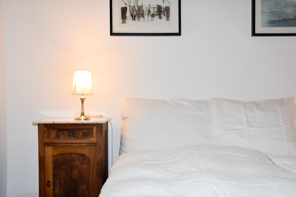Hoteltipp Bergün Graubünden Schweiz Kurhaus Bergün Bett