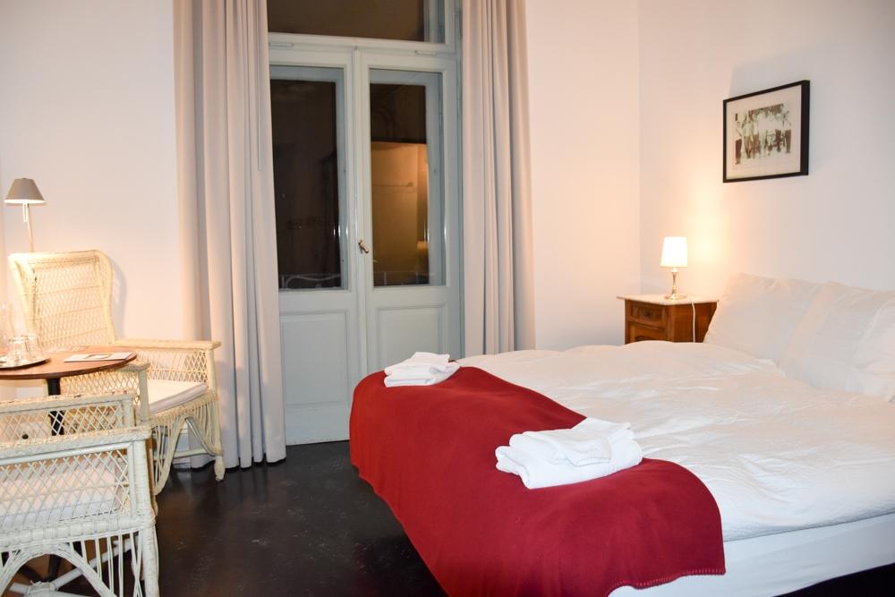 Hoteltipp Bergün Graubünden Schweiz Kurhaus Bergün Doppelzimmer mit Bad