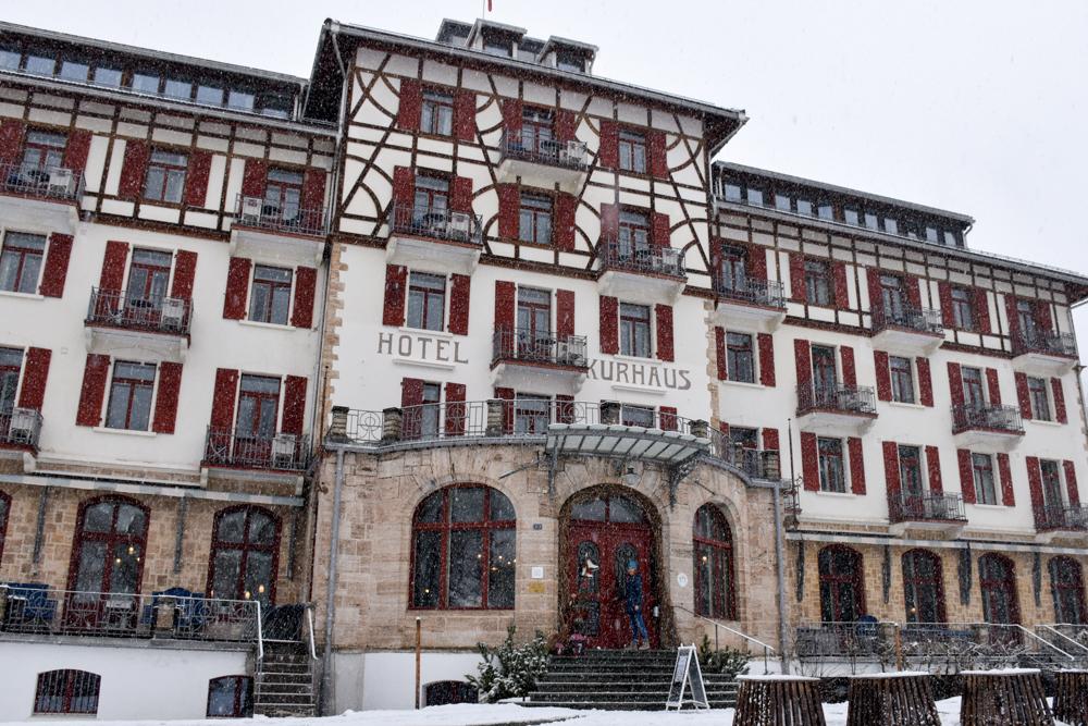 Hoteltipp Bergün Graubünden Schweiz Kurhaus Bergün imposantes Gebäude