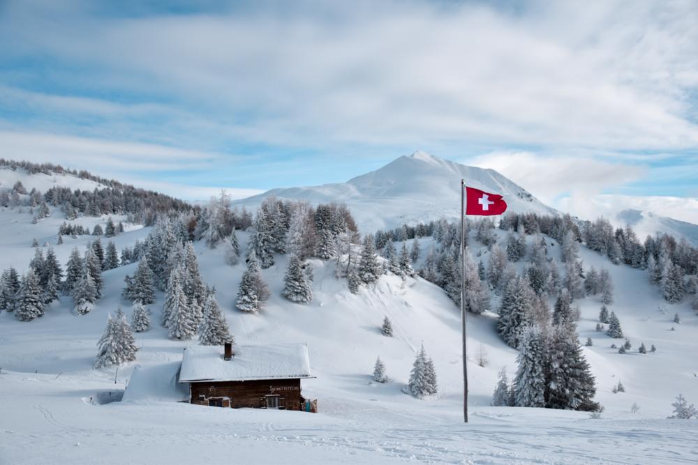 Schlittelbahnen Graubünden Schweiz Skihütte Feldis
