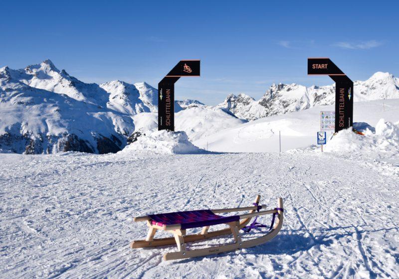 Die besten Schlittelbahnen Graubünden Schweiz