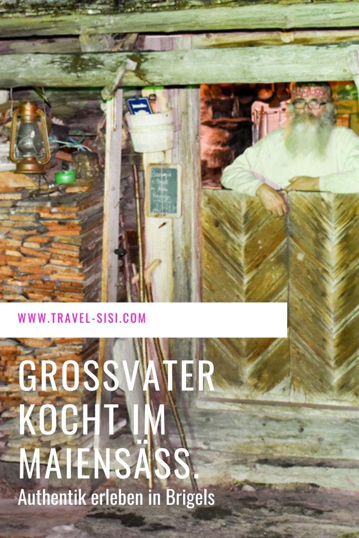 Grossvater kocht im Maiensäss Brigels Graubünden Schweiz