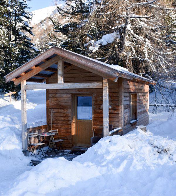 Winter Glamping Campingplatz Morteratsch Engadin Graubünden Schweiz