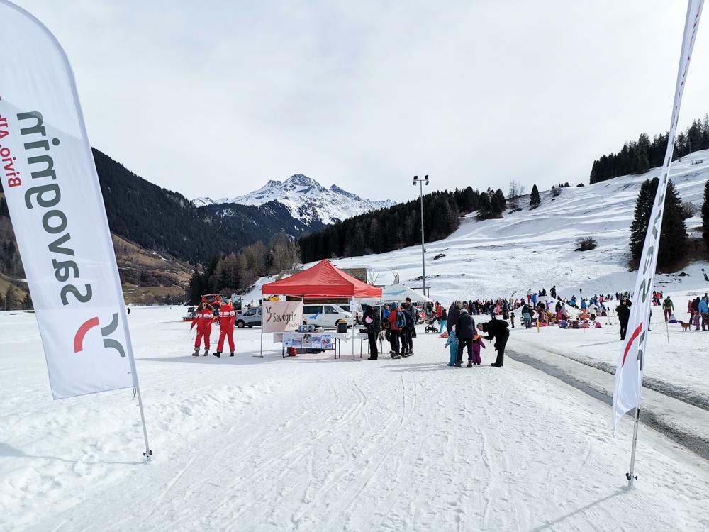 Winter Weekend Savognin Graubünden Schweiz Kinder-Winterfest Skiparadies La Nars