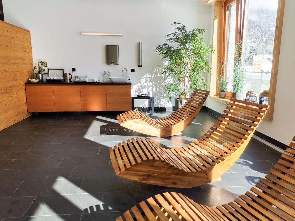 Catrina Resort Unterkunfttipp Disentis Graubünden Schweiz Ruheraum im Wellnessbereich