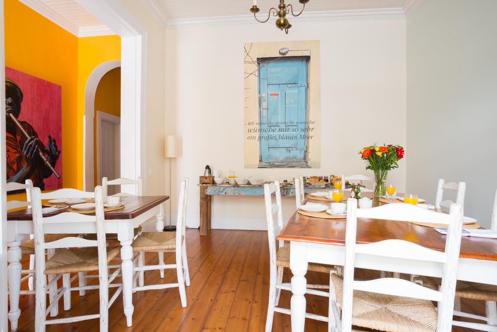 Corona in Südafrika Erfahrungsbericht einer Einheimischen Frühstücksraum Six on Scott Gästehaus