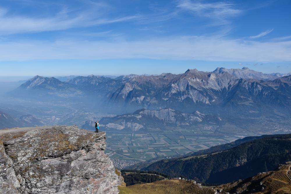 5-Seen-Wanderung Pizol Heidiland St. Gallen Schweiz Grandiose Aussicht über das Rheintal und die Bündner Herrschaft geniessen