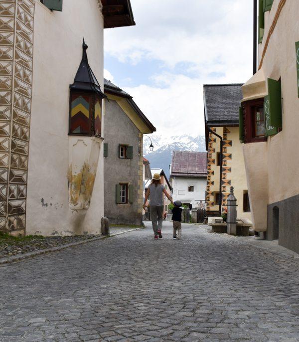 Perfekter Familienausflug: Guarda und der Schellen-Ursli-Weg