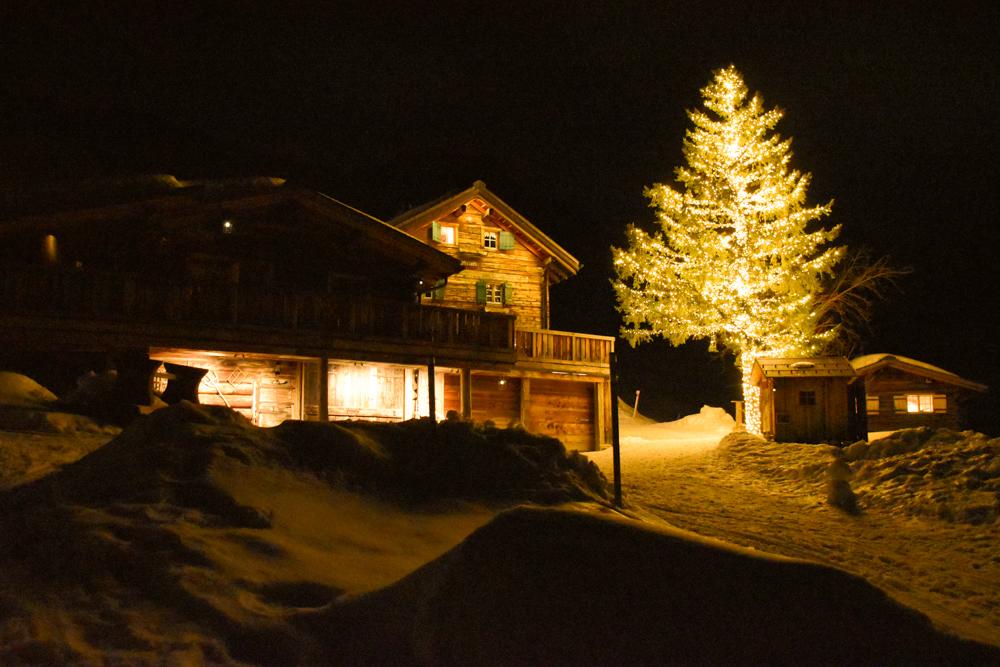 Unterkunftstipp Heimeli Sapün Arosa Graubünden Schweiz Abendstimmung
